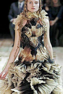 Alexander McQueen AS2011.                                                         one should either be a work of art, or wear a work of art. oscar wilde