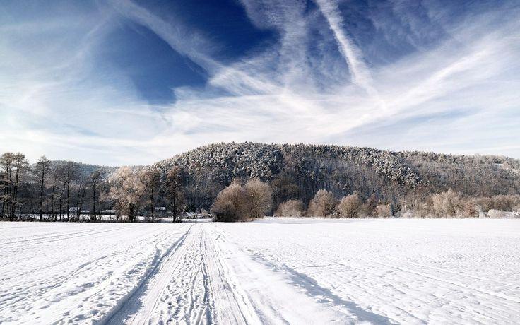 nice snowy countryside
