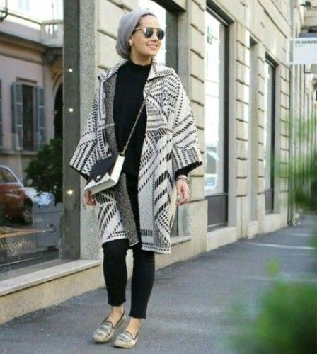 Asia winter cardigan, Asia Akf street style looks http://www.justtrendygirls.com/asia-akf-street-style-looks/