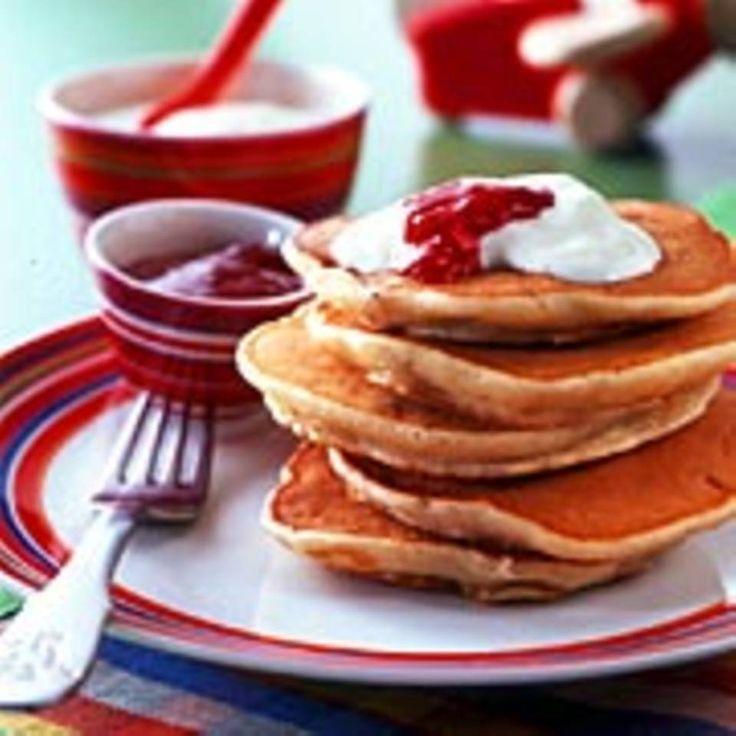 Haferpfannkuchen mit Erdbeerjoghurt