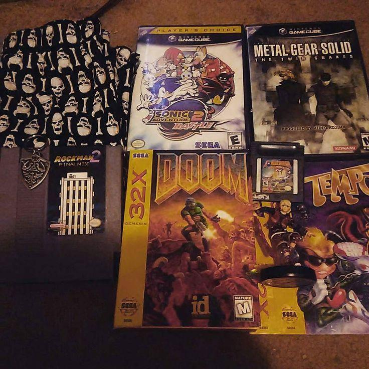On instagram by retrosgaming  #gameboy #microhobbit (o)  http://ift.tt/1NxhIDm  @Regrann from @mrswirly -  @wright0007 got me a lot good stuff for Christmas thanks man! Playing Metal Gear right now! #vidya #videogame #videogames #nintendo #gamecube #gcn  #gb #nes #sega #32x #amiibo #shulk #megaman #zelda #rockman #repro #doom #sonic #metalgearsolid #boxers #underware #imreallyfeelingit #christmas #xmas #gift #collector #collection #collecting #fun