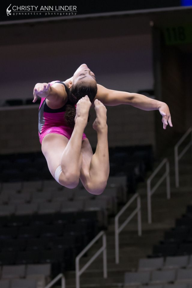 Laurie Hernandez on beam