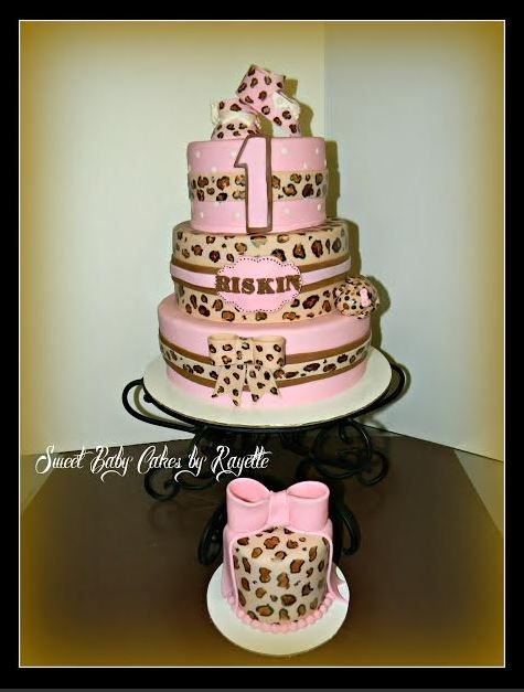 #PinItParty First Birthday Cheetah Cake @BakingWithMom