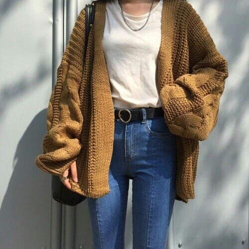 How to wear the oversized sweaters http://www.justtrendygirls.com/how-to-wear-the-oversized-sweaters/