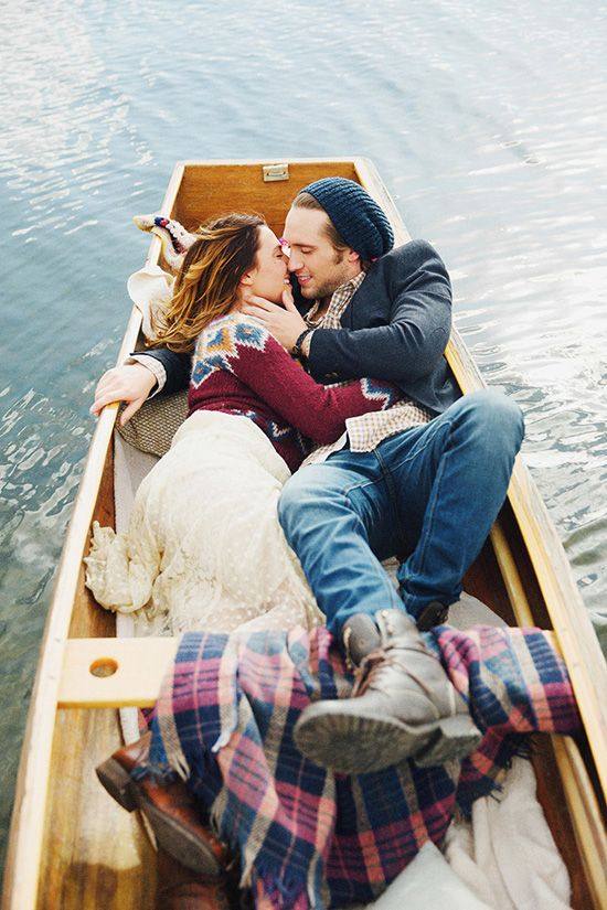 Gorgeous Lake Engagements {Colton & Ciera} | utahbrideblog.com