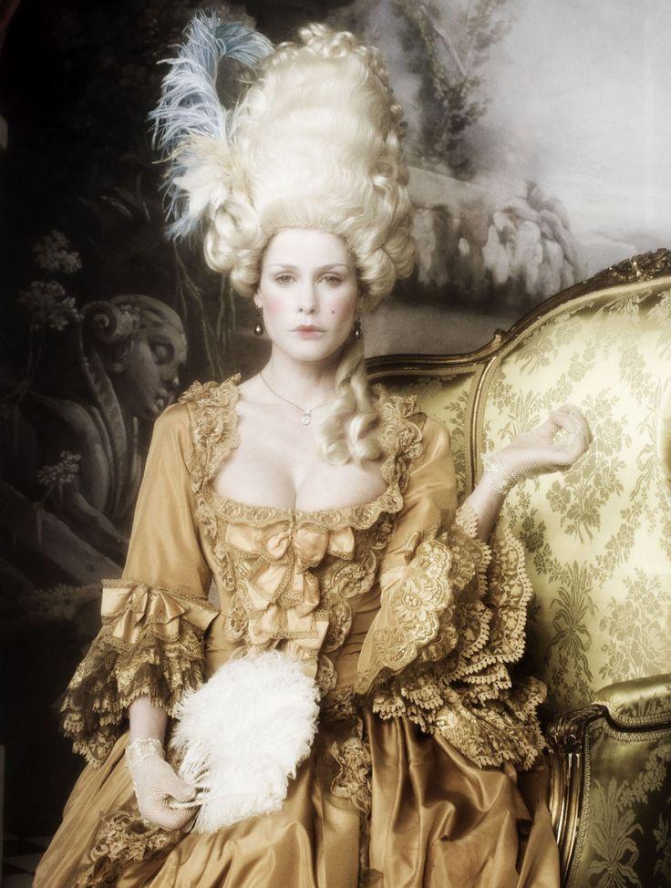 Rococo fashion marie antoinette the for Baroque fashion trend
