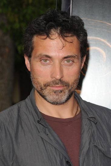 Rufus Sewell Photos 6 - SuperiorPics.com