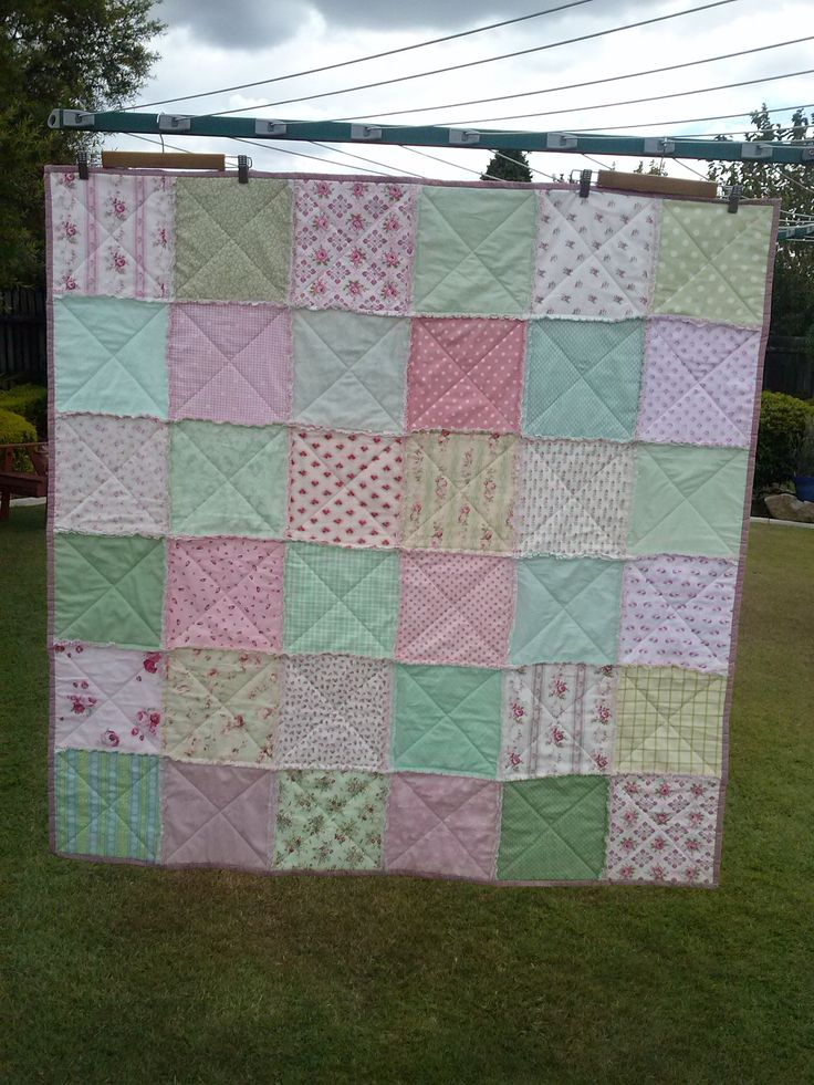 Another birthday quilt, this time in green, pink and mint.
