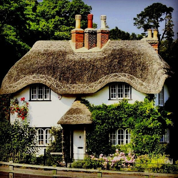 1662 best Cozy Cottages ༠⚜༺ images on Pinterest