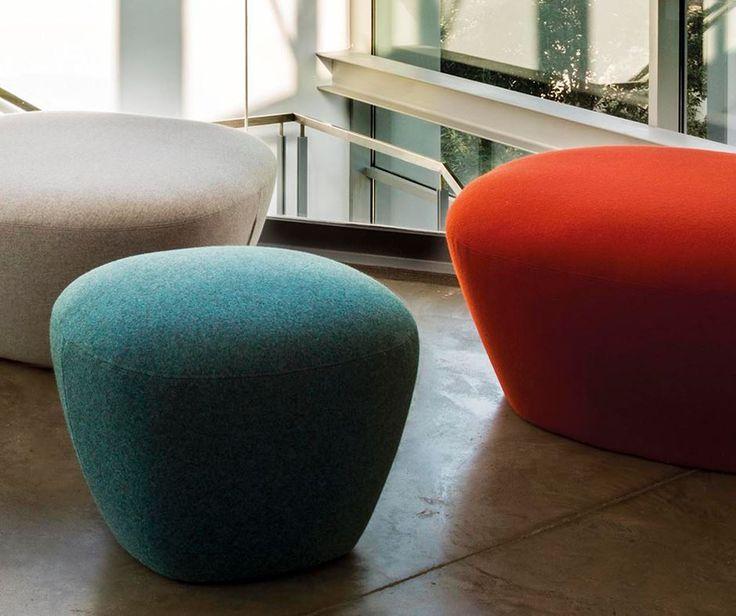 Para algunos una silla; para otros un reposapiés. ¡Sé creativo y combínalos como tú quieras! Encúentralos en #MoblesUrgell