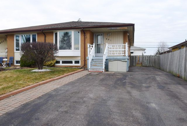 PICKERING - MOVE YOUR FAMILY IN Sep. Entry to Fin. Basement-Income Potential New Roof, Breaker Panel, Mn Flr. Bath and Kitchen Newer Vinyl Windows & Steel Doors Walk to Lake, Schools, GO Station & Shops