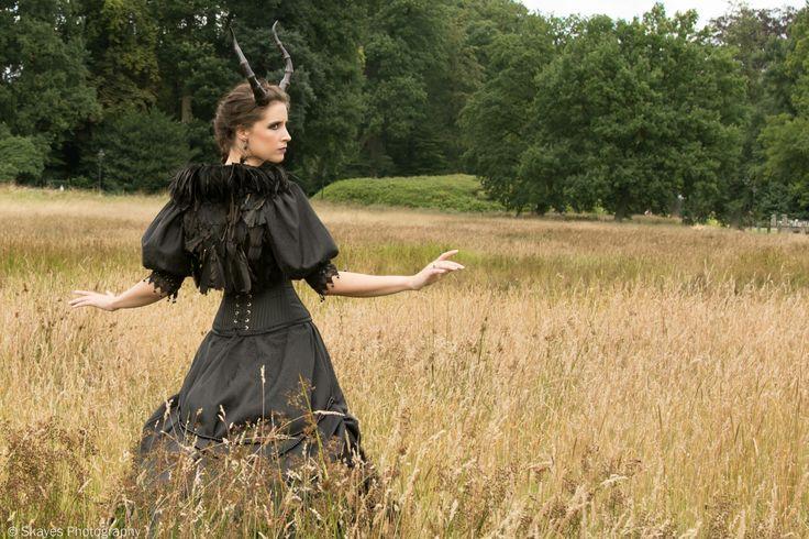 Dress design and creation: Noor Heynen