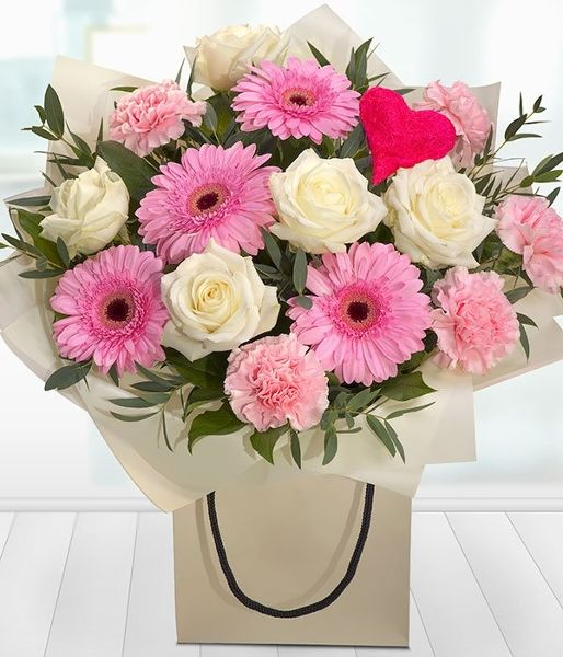 Heart and Soul - roses and hearts - Passion For Flowers