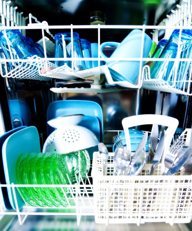 10 Surprising Things You Can Clean in the Dishwasher. You never know what you can clean with the dish washer until you read this! I never knew about them or thought about them, but I did think about cleaning my beagle's bowls with the dish washer. I think I'll definitely try these!