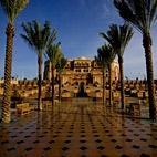 Emirates Palace Abu Dhabi, stunning inside!