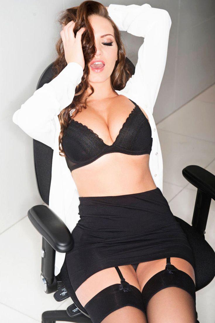 Amber heard topless in the informers scandalplanetcom 6