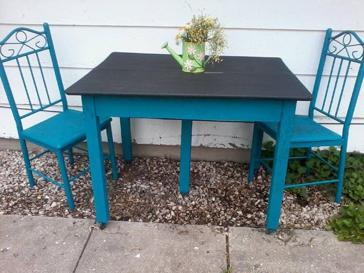 Old Wood Table That Had Grown To Look More Shabby Than Chic, And Two Metal  Chairs With Wood Seats Suffering From Outdoor Exposure After Several Years  On The ... Part 60