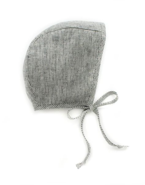Briar Organic Bonnet In Charcoal Railroad Stripe