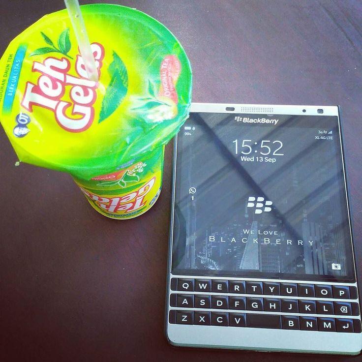 "#inst10 #ReGram @frankyraditya: Good afternoon.. Sore2 mendadak haus solusi nya ""Teh Gelas"" saja.. Wkwkwkw.. . . . . . . #blackberry #passportse #passport #BlackBerry10 #ILoveBB10 #ILoveBB10Apps #IStayWithBB10 #WeAreBlackBerry #BlackBerryPeople #BlackBerryForever #BlackBerry10Forever #lifestyle #blackberrypassport #blackberryteam #BBer #blackberryclic #blackberryclubs #bberry #blackberryelite #blackberrygram #blackberryphoto #blackberryphototos ."