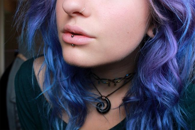 good-middle-bottom-lips-piercing-images