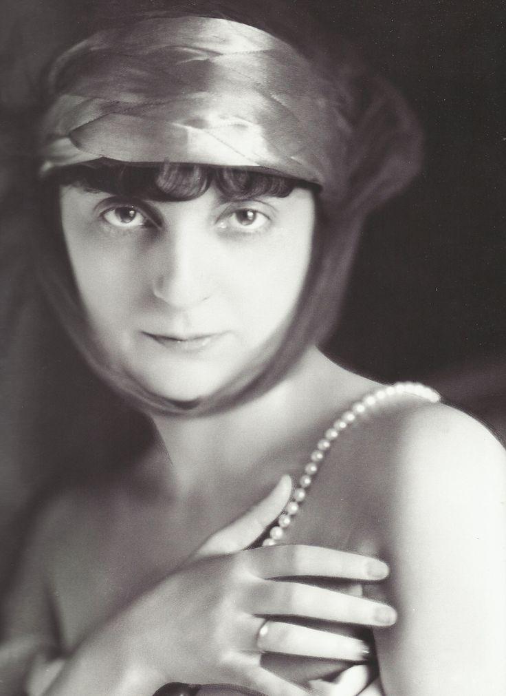 Laure Albin-Guillot- Anna de Noailles, années 1900-1910