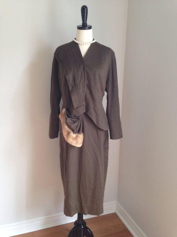 vintage 1940s womens suit brown fur film noir 2 piece WW2, 40s Joan Crawford on Etsy, $246.50 CAD