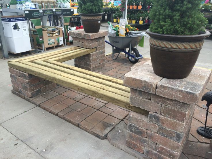 bench with pillars