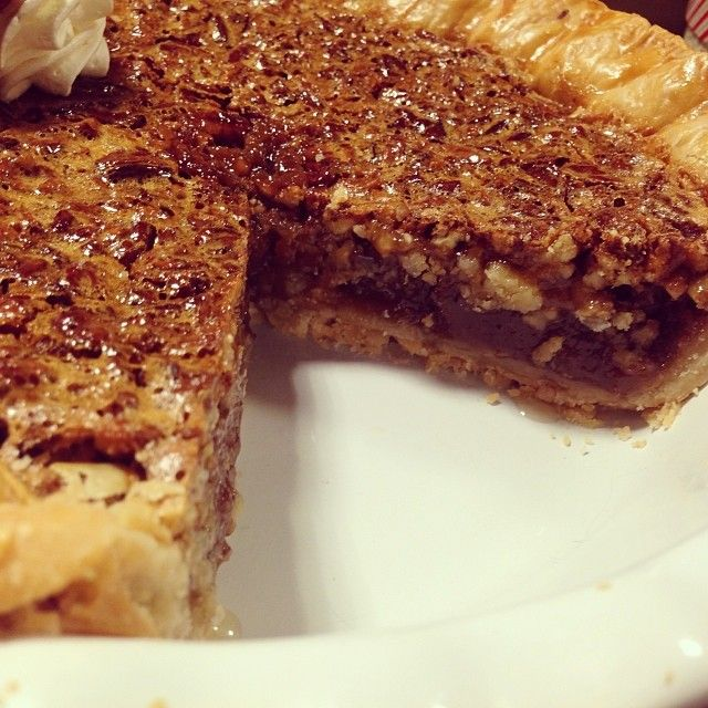 Pioneer Woman's Pecan Pie | Recipe | Pioneer Woman Pecan Pie, Pecan ...
