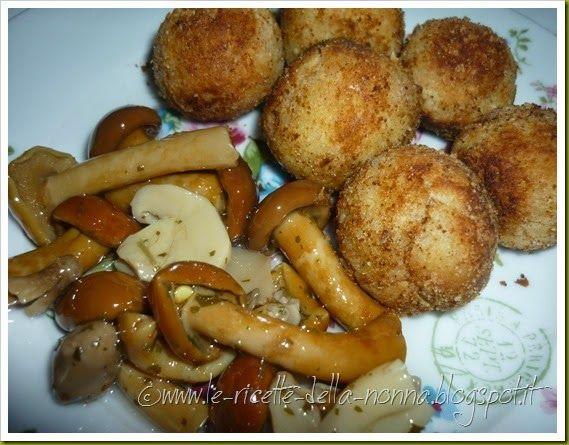 Le Ricette della Nonna: Polpette vegetariane di ricotta con funghetti mist...