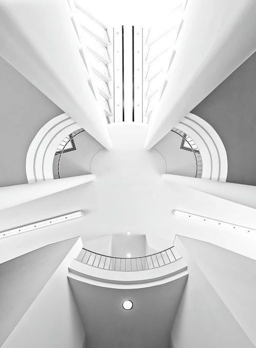 Museum for Modern Art - Frankfurt   Future Architecture