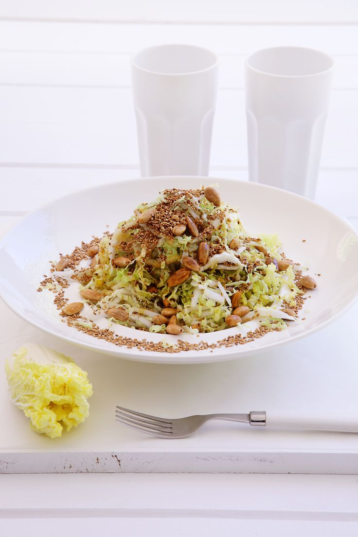 Chinese Cabbage with Sesame Salad http://www.instyle.gr/recipe/kineziko-marouli-sousami/