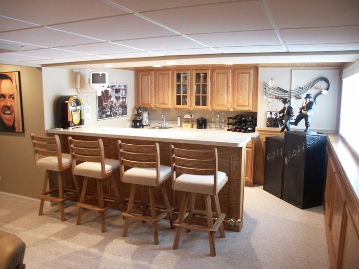 Bar kitchenette area basement ideas pinterest - Bank kitchenette ...