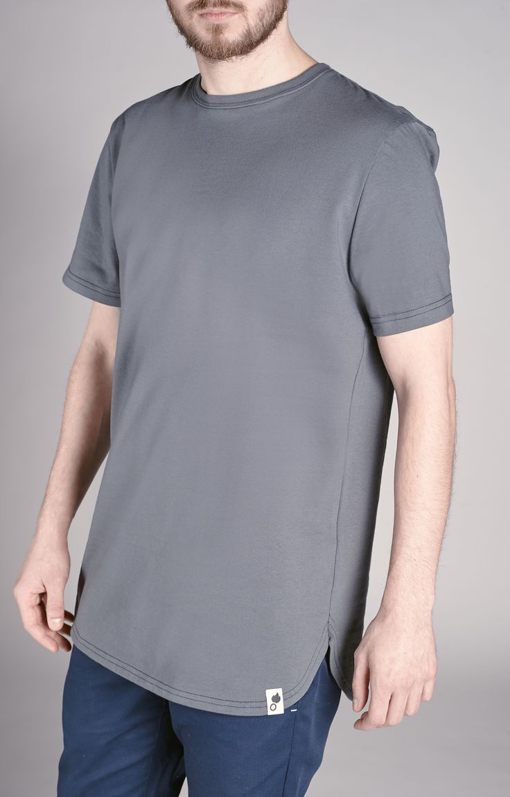 Amokrun long-fit tshirt. Rounded on the bottom, made off 100% cotton. www.amokrun.com