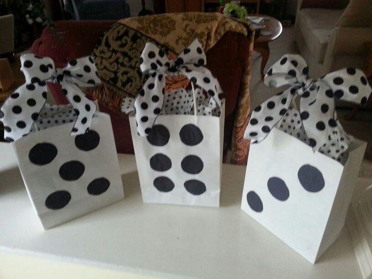 Mejores 17 im genes de cajas con motivos masculinos en - Cajas con motivos navidenos ...