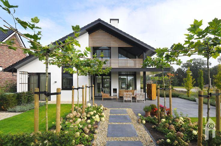 Deze woning heeft weliswaar een oervorm: 'huis met puntdak'
