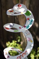 Paper Plate wind spinner. Inexpensive fun for Spring.
