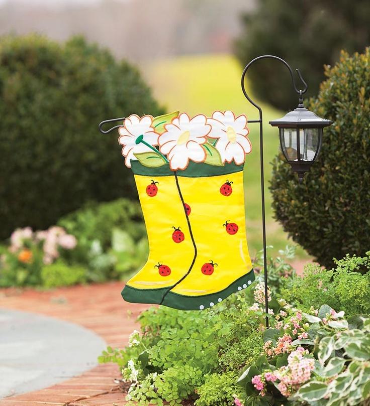 Best 25 Garden Flag Stand Ideas On Pinterest Solar Post