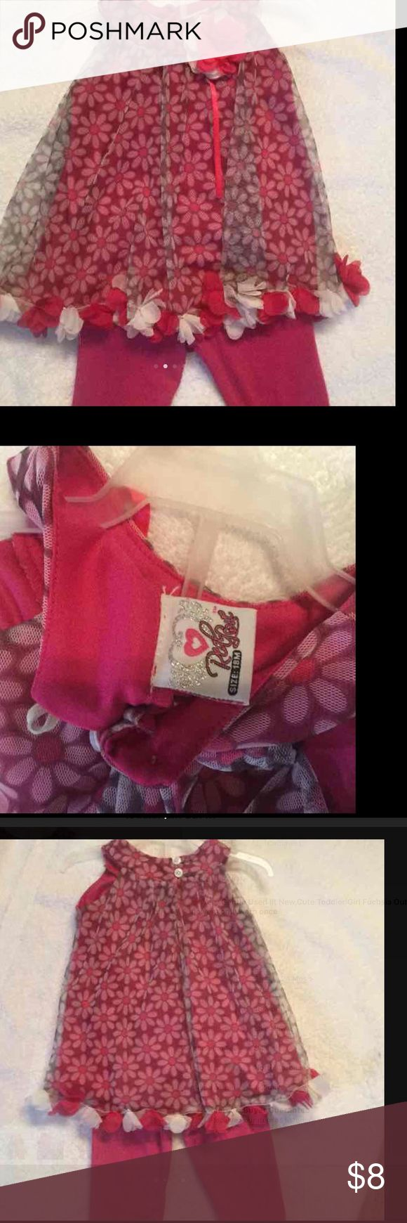 Cute Toddler Girl Outfit ❤️️Very Gentle Used lit New,Cute Toddler Girl Fuchsia Outfit with flowers only worn once Matching Sets