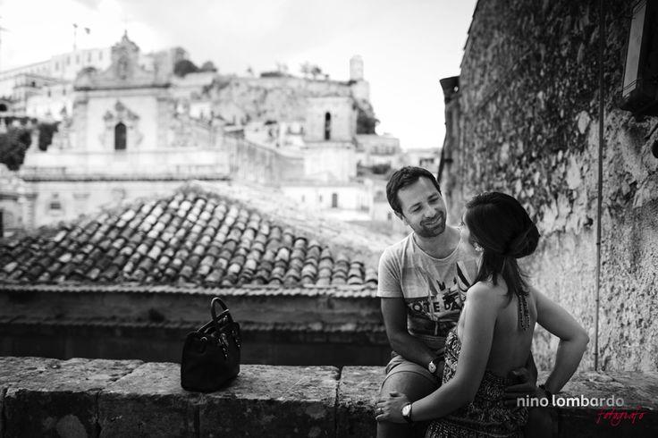Nicoletta + Ignazio • Engagement photo session • walking through the streets of Modica • © www.ninolombardo.it