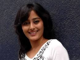 Born: February 16,1985  Zodiac: Aquarius  Height: 5 feet 7 inches  Biography: Nidhi Subbaiah...