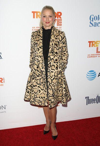 Katherine La Nasa Photos Photos - Actress Katherine LaNasa attends The Trevor Project's 2016 TrevorLIVE LA at The Beverly Hilton Hotel on December 4, 2016 in Beverly Hills, California. - The Trevor Project's 2016 TrevorLIVE LA - Red Carpet