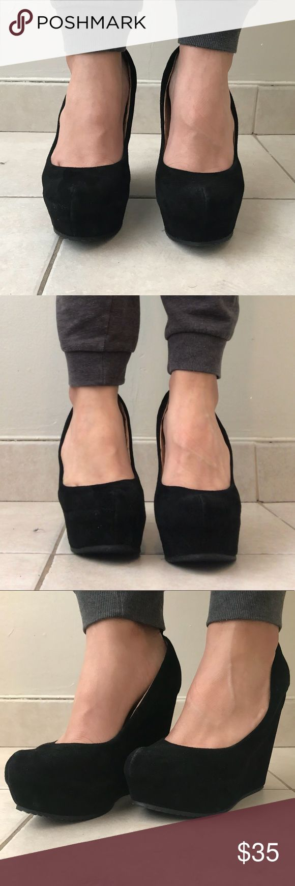 GORGEOUS BLACK ALDO PLATFORM WEDGE HEELS!! GORGEOUS BLACK ALDO PLATFORM WEDGE HEELS!! Worn once or twice! Has been laying in my closet... Extremely comformtable!! Comes with free gift!! Fits 8.5-9 Aldo Shoes Platforms