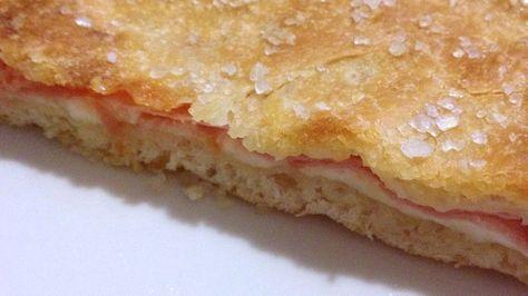Come preparare Focaccia ripiena col Bimby della Vorwerk, impara a preparare deliziosi piatti con le nostre ricette bimby