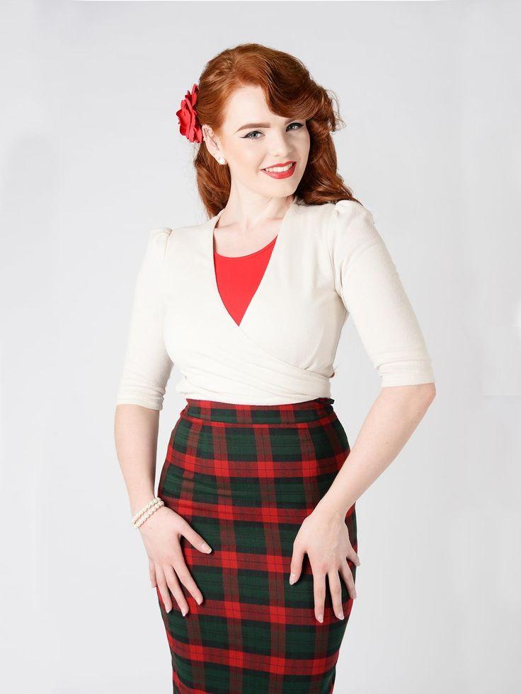 Fiona pencil skirt is er dit najaar ook in klassieke schotse ruit, via Very Cherry   http://www.verycherry.nl/clothing/rokken-broeken/strakke-rokken/fiona-check-print-skirt.html