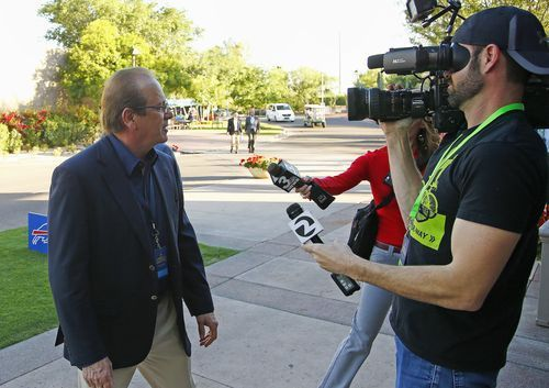 Los Angeles Chargers owner Dean Spanos arrives for the start of the NFL football annual meetings Sunday, March 26, 2017, in Phoenix. (AP Photo/Ross D. Franklin)(Photo: The Associated Press)     PHOENIX (AP) — The Latest on the NFL meetings (all times local): 11:45 a.m. During their rise...  http://usa.swengen.com/titans-learned-lessons-that-can-help-in-2017/