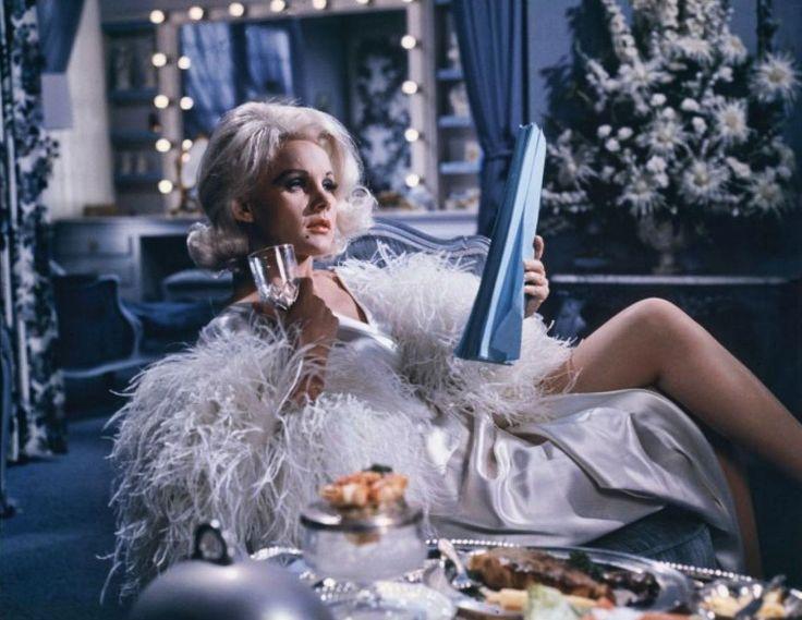"Carroll Baker como Jean Harlow en ""Harlow"", 1965"