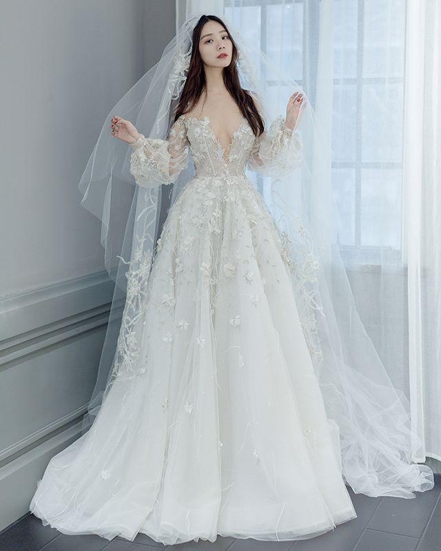 Monarca Couture Monarca Couture Foto Dan Video Instagram Wedding Dress Vintage Sleeves American Wedding Dress Wedding Dress Long Sleeve
