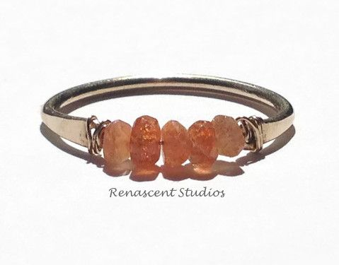 This raw sunstone ring is eye-catching! This gemstone is considered the natural birthstone of those born in the magical month of midsummer - mid July to mid August.
