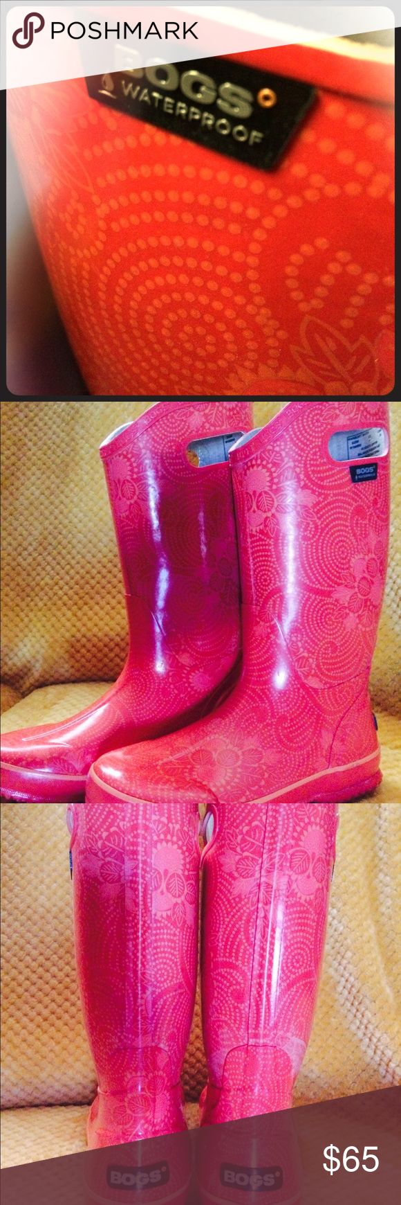 Women's Bogs rain boots Size 7 Bogs women rain boots . Warn handful of times when I lived in OR no need for them in AZ. Purchased for 80.00 Bogs Shoes Winter & Rain Boots