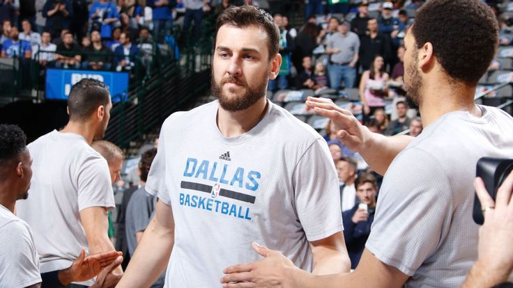 Sources: Andrew Bogut negotiating 76ers release, wants to join Cavs